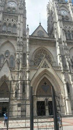 Basílica del Voto Nacional: Basilica