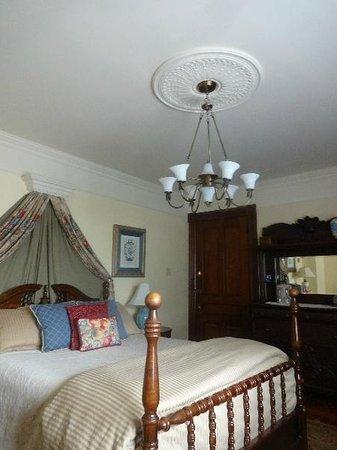 Victoria's Historic Inn: VI01