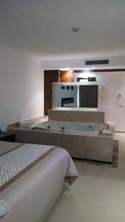 Isla Mujeres Palace: habitación !!!