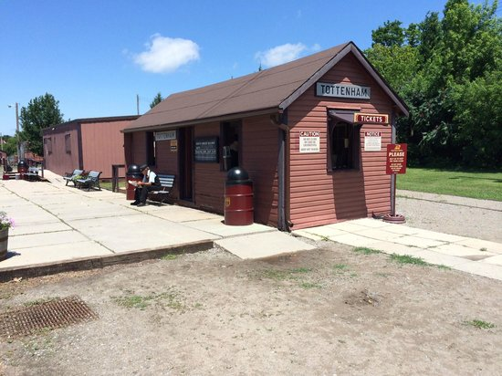 South Simcoe Railway: Ticket booth