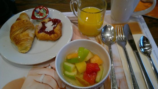 Carathotel Rheingau: Café da Manhã