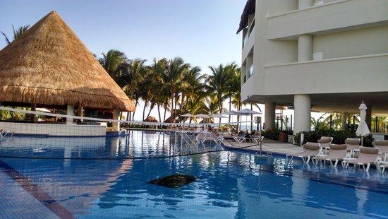 Isla Mujeres Palace: alberca
