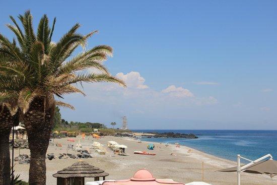 Hilton Giardini Naxos: Playa
