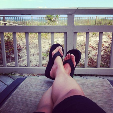 Omni Hilton Head Oceanfront Resort: Chilling in one of the adult areas.