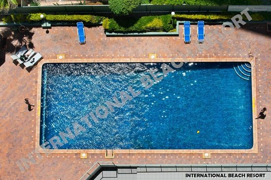 International Beach Resort: Outdoor Swimming Pool