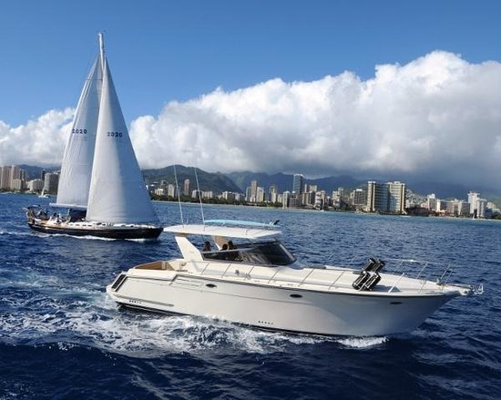Yacht Charters Hawaii