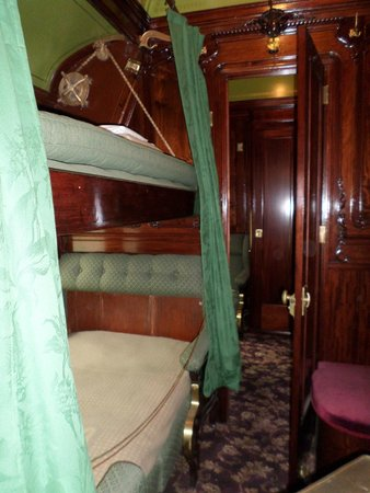 Hildene, The Lincoln Family Home : Inside restored Pullman Car