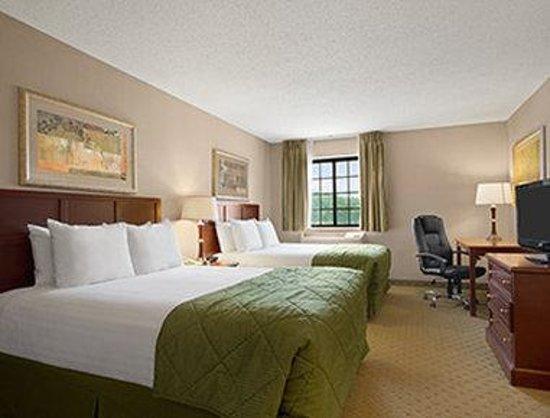 Quality Inn: Standard Double Room