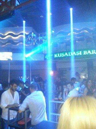 Kusadasi Club & Bar : Kusadasi bar