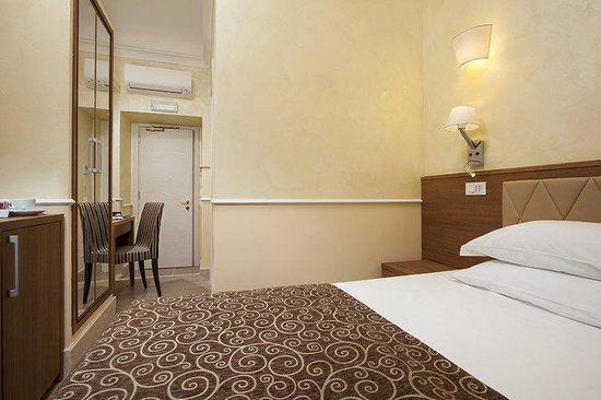 Kennedy Hotel: Guest Room