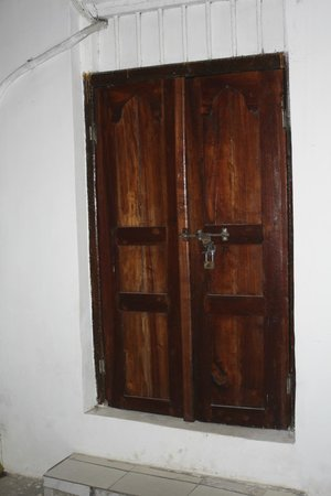 Zanzibar Serena Hotel: Anotehr of the doors