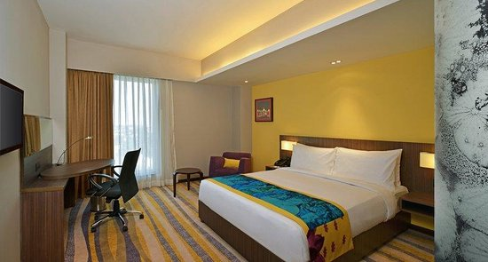 Guest Room at Holiday Inn Express Ahmedabad Ashram Road