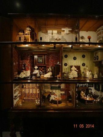 Rijksmuseum Amsterdam : Casa de bonecas de crianças reais