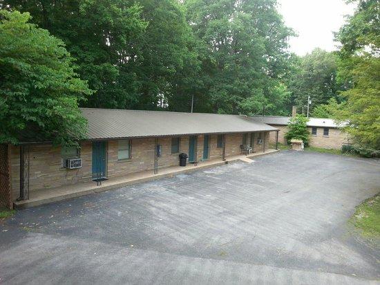 Jordan Motel: Row of rooms