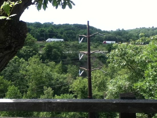 Nay Aug Park: View of I-81 from tunnel overlook