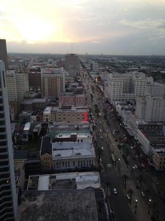 Sheraton New Orleans Hotel : Sunset on the city!