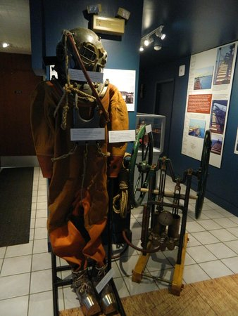 Michigan Maritime Museum: Inside the museum