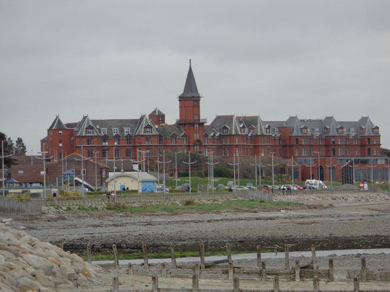 Slieve Donard Resort and Spa: view from town