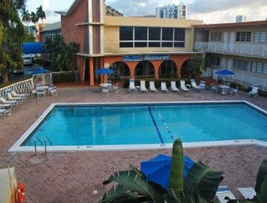 Knights Inn Hallandale: Exterior view