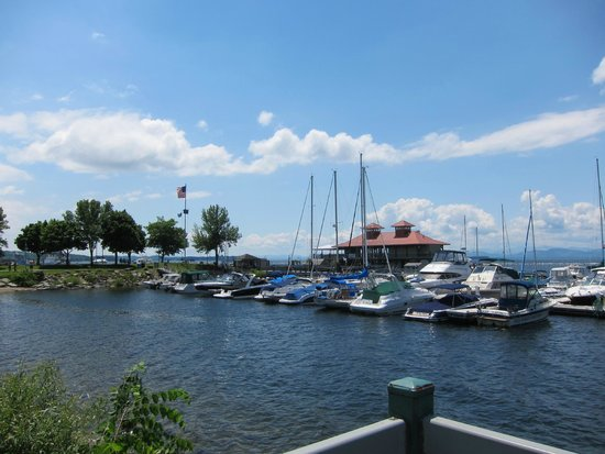 Waterfront Park : View of the harbor