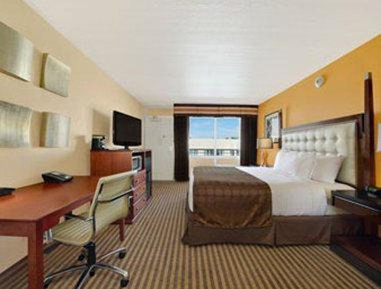 Ramada Venice Hotel Venezia : Standard King Room