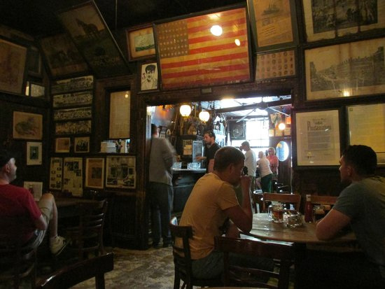McSorley's Old Ale House: Count the Stars