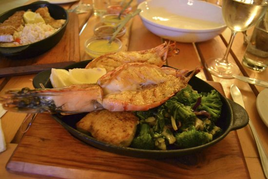 Codfather Seafood & Sushi: Prawns and Broccoli