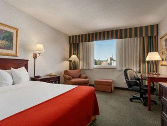 Photo of Baymont Inn & Suites Keokuk
