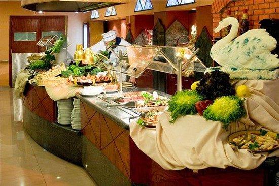 Delfin Siesta Mar: Comida Restaurante