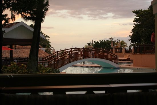 Beaches Negril Resort & Spa: Pool View