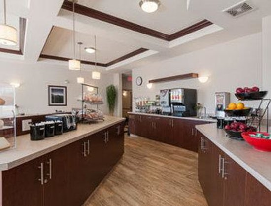 Ramada Creston : Breakfast Area