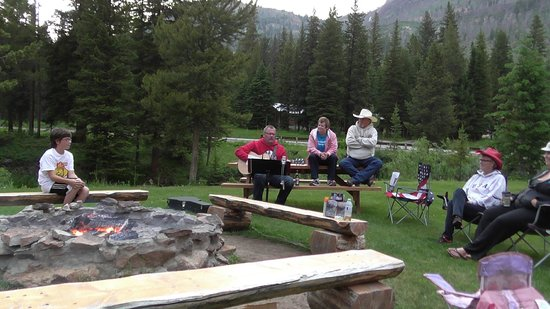 Grizzly Lodge: Nights gathered around the campfire.