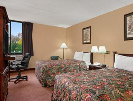 Days Inn Hagerstown: Standard Double Bed Room