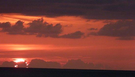Bilmar Beach Resort : The sunset