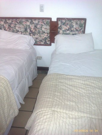 Dunes Hotel & Beach Resort: dormitorio
