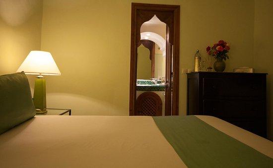 Riad Al Badia: Emeraude standard double room