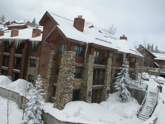 Mountain Lodge Telluride: One of the buildings at the Lodge