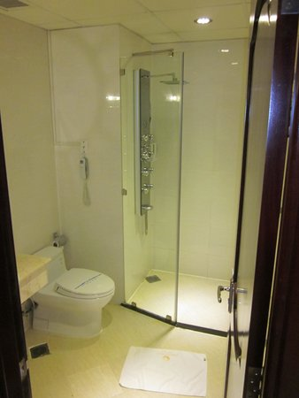 Cap Town Hotel: Bathroom