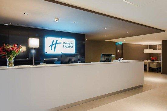Holiday Inn Express The Hague - Parliament : Reception