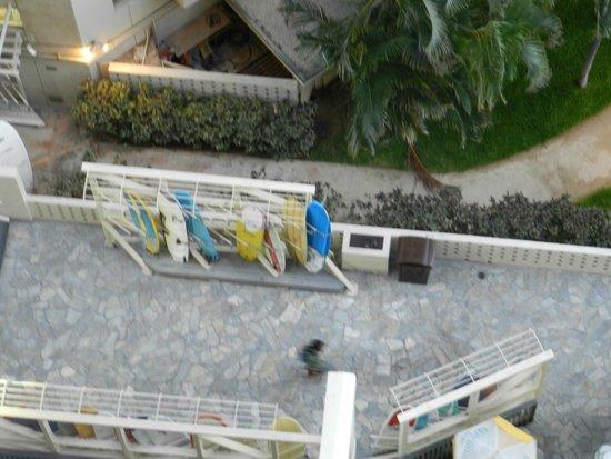 Outrigger Waikiki Beach Resort: View from lanai