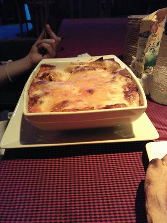 Pyramid Restaurant : Lasagna