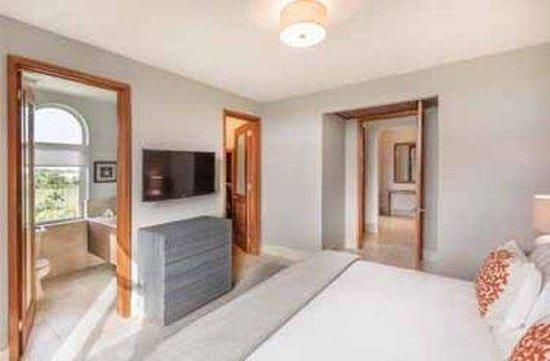 Plantation Resort Residences at Dorado Beach: Residences Guest Room