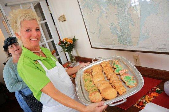 BEST WESTERN PLUS First Coast Inn & Suites: Cookie Tour