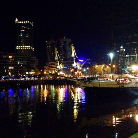 Puerto Madero: Port view at night.