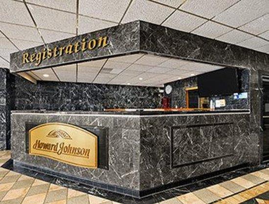 Oh St Joseph Resort Hotel: Front Desk