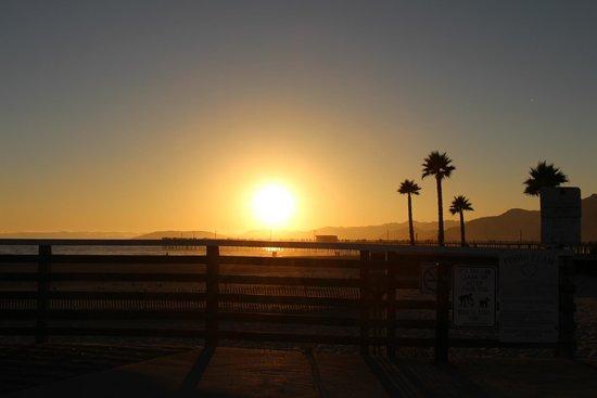 SeaVenture Beach Hotel: Pismo Beach sunset