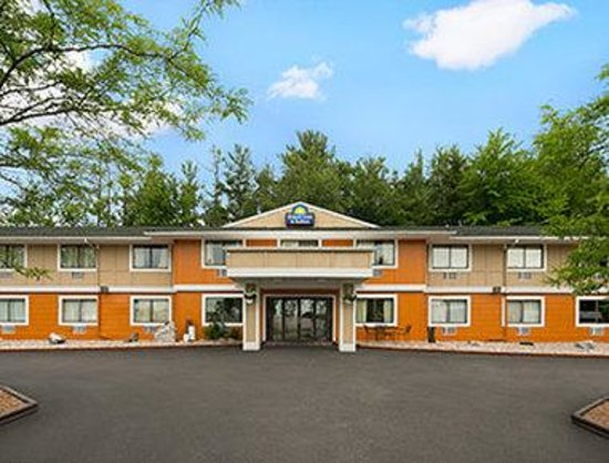 Days Inn & Suites Stevens Point: Welcome to the Days Inn and Suites Stevens Point.