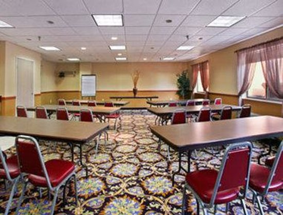 Baymont Inn & Suites South Haven: South Haven Conference Room