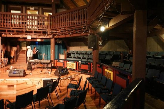 Louisbourg Playhouse: Playhouse04