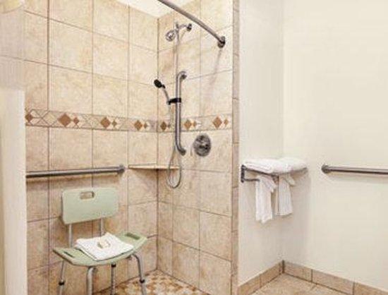 Howard Johnson Lubbock TX: ADA Bathroom